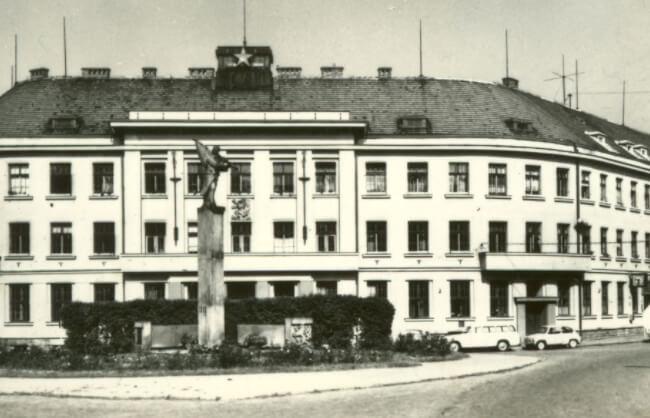 Prima fabrică de ceasuri marca Prim din Nové Město nad Metují