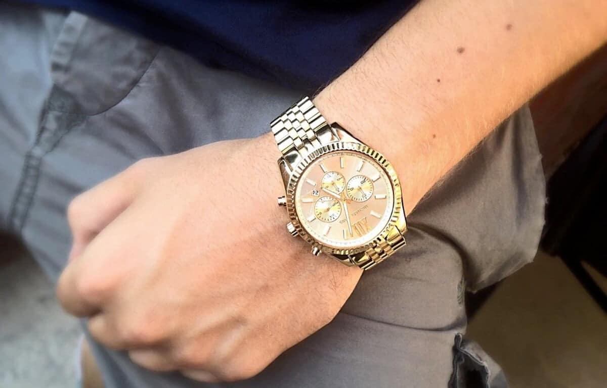 Ceasul auriu pentru bărbați Michael Kors cu cadran mare