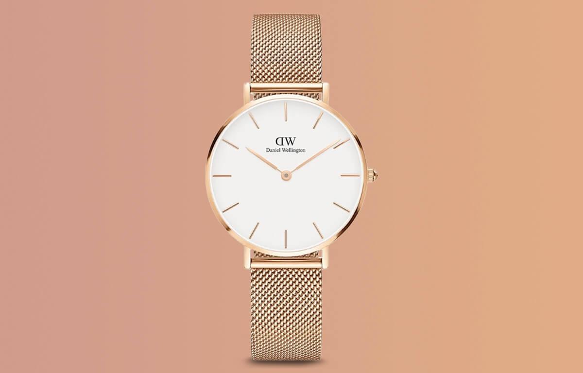 Ceas ieftin Daniel Wellington cu designul în culoarea aurului roz